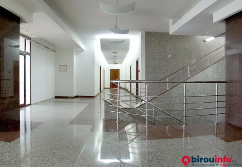Birouri de închiriat în Cristiana Business Center